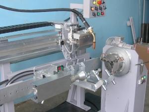 Установка АС305-1М для МИГ/МАГ-сварки корпусов гидроцилиндров
