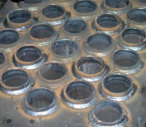 Трубная решетка котла сваренная на установке АС307