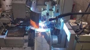 Установка АС415 для МИГ/МАГ-сварки кольцевого шва горловины огнетушителя