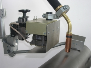 Колебатель сварочной горелки КГ1